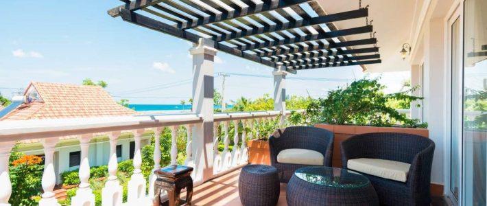Bàn ghế ngoại thất sân vườn sang trọng với chất liệu cao cấp