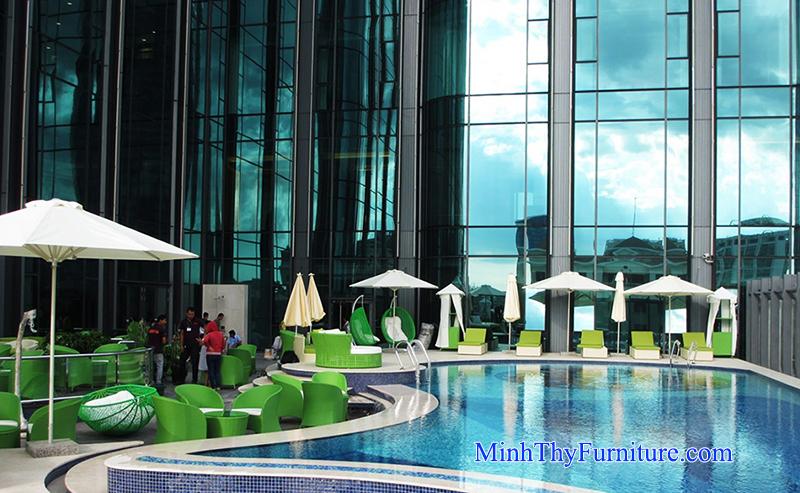 Nội thất Minh Thy cung cấp sản phẩm nhựa giả mây cho dự án hồ bơi SaiGon Times Square