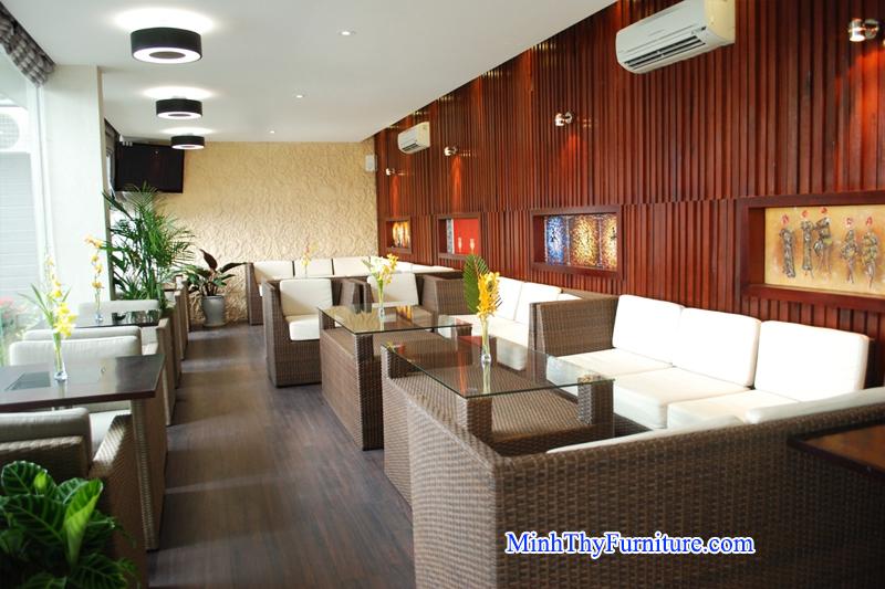 Sofa mây nhựa của Nội thất Minh Thy cung cấp cho Sun Ocean Restaurant