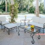 Bàn ghế sắt sân vườn phong cách Châu Âu cho ngôi nhà bạn