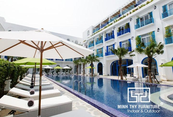 Ghế hồ bơi mây nhựa Minh Thy cung cấp tại Risemount Resort
