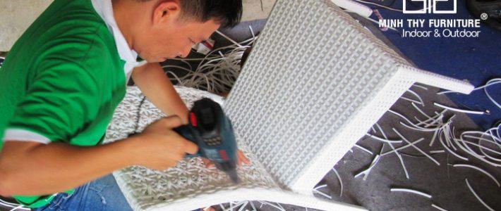 Mẫu ghế mây nhựa MT2A154 đã được hoàn thiện như thế nào?