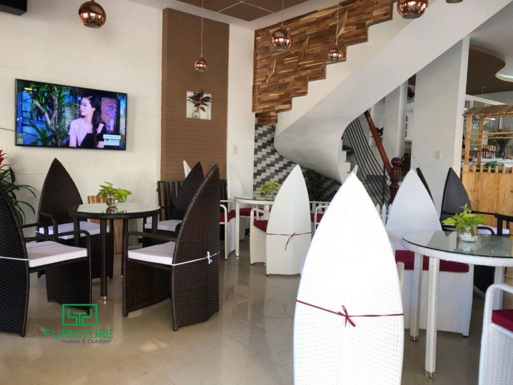 Bàn ghế cafe đẹp của Minh Thy Furniture tại Cafe Hòa Tiên