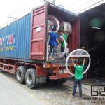 Minh Thy Furniture chuẩn bị hàng hóa tham gia Hội chợ tại Lào