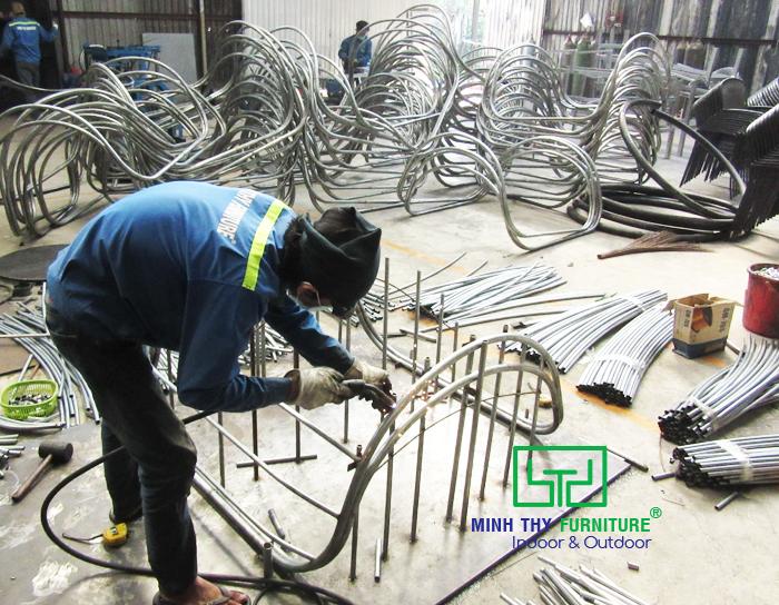 Sản xuất xích đu mây nhựa tại xưởng sản xuất Minh Thy Furniture